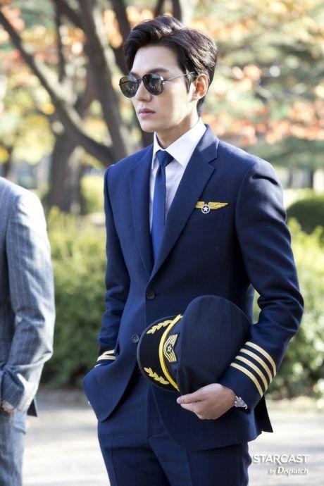 Lee Min Ho lai thanh nam than 'khong goc chet' nho giam can thanh cong - Anh 12