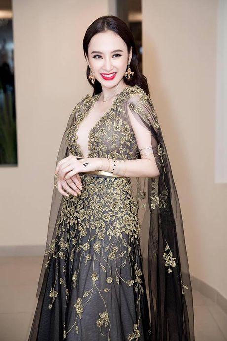 Angela Phuong Trinh khoe hinh 'tha thu' kin tay ben trai dep - Anh 3