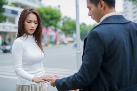 Hoa ra nguoi tinh lam trai tim Ai Phuong tan nat chinh la Ho Vinh Khoa! - Anh 3