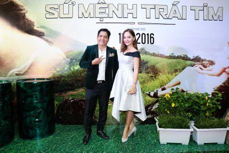 Vo Canh nguong ngung khi duoc hoi ve nu hon voi Angela Phuong Trinh - Anh 4