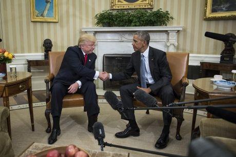 Vo chong Obama hoan nghenh vo chong Trump tai Nha Trang - Anh 1