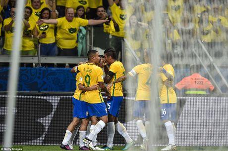 Bi Brazil ha nhuc, Argentina roi vao khung hoang - Anh 5