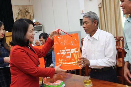 Doan dai bieu nguoi uy tin tieu bieu tinh Dong Nai tham MTTQ Viet Nam - Anh 4