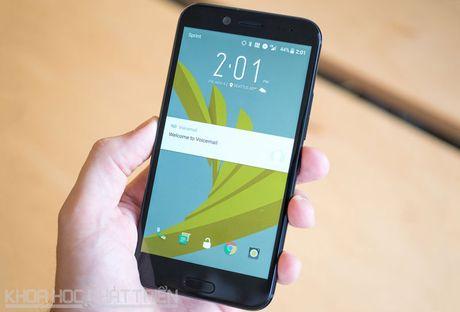 Can canh smartphone chong nuoc, man hinh 2K vua duoc HTC ra mat - Anh 21