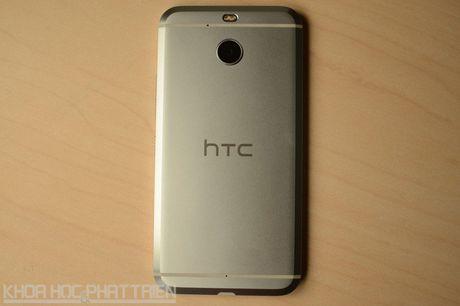 Can canh smartphone chong nuoc, man hinh 2K vua duoc HTC ra mat - Anh 23
