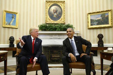Trump nuc no khen Obama la 'nguoi rat tot' - Anh 2