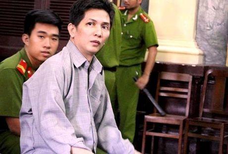 Muon dao got trai cay roi dam chet tinh nhan trong khach san - Anh 1
