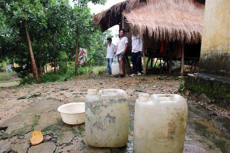 Nhuong dat cho thuy dien, dan Quang Nam ve khu tai dinh cu khon kho tram be - Anh 5
