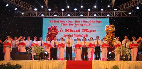 Soc Trang: Khai mac Hoi cho Thuong mai, Trien lam, Du lich va Hoi thi Am thuc - Anh 1