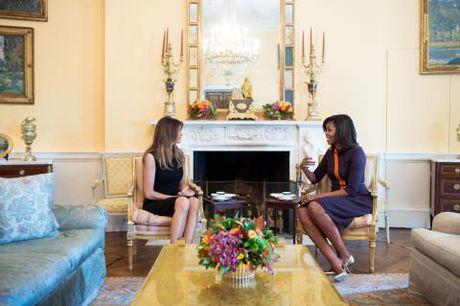 Melania Trump 'tiep nhan quyen luc' trong Nha Trang - Anh 2