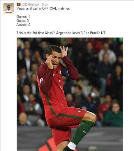 Messi va dong doi bi chi trich nang ne khi Argentina thua tham Brazil - Anh 7