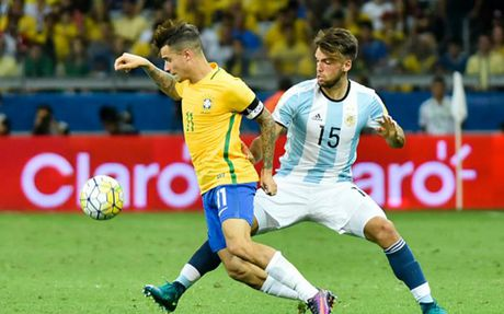 Cham diem Brazil 3-0 Argentina: Neymar che mo Messi - Anh 18