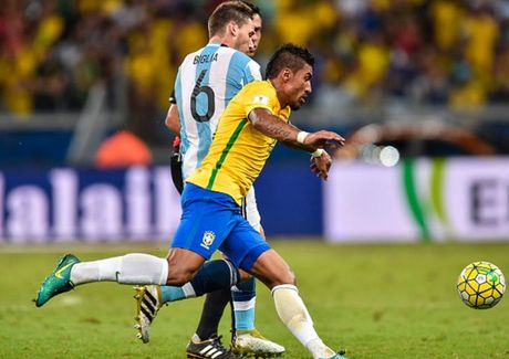 Cham diem Brazil 3-0 Argentina: Neymar che mo Messi - Anh 20