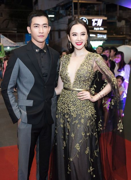 'Nguoi tinh' Angela Phuong Trinh nong bong voi than hinh sau mui - Anh 2