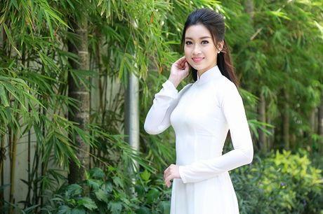 Cung dien ao dai, My Linh - Thanh Tu ai quyen ru hon? - Anh 2
