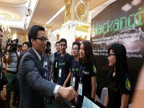 PTT Vu Duc Dam: Startup Viet rat so giay phep con trong ngoac nhay - Anh 1