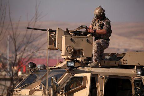 Toan canh chien su ac liet o Mosul mot tuan qua - Anh 10
