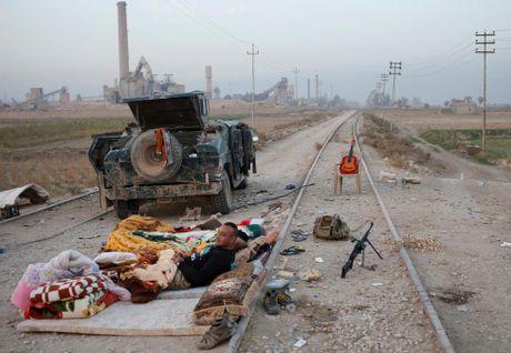 Toan canh chien su ac liet o Mosul mot tuan qua - Anh 1