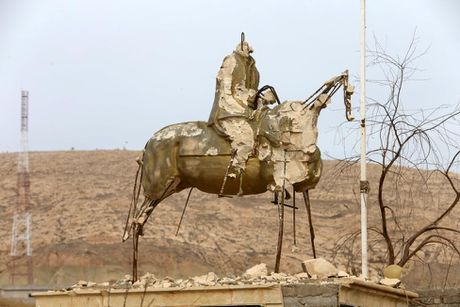 Toan canh chien su ac liet o Mosul mot tuan qua - Anh 3