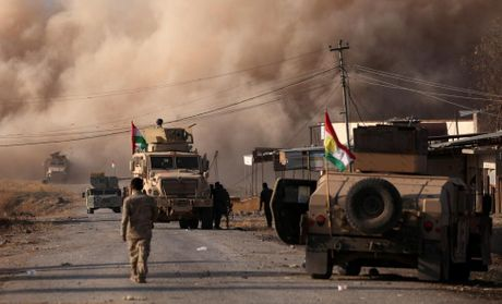 Toan canh chien su ac liet o Mosul mot tuan qua - Anh 8