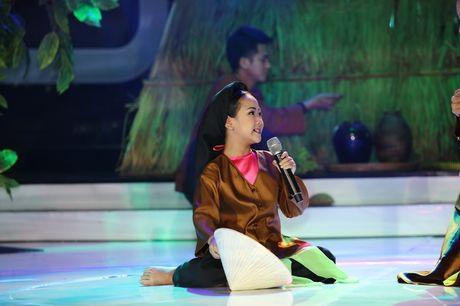 Vu Ha gay xuc dong khi hoa trang thanh nghe si Minh Thuan - Anh 5