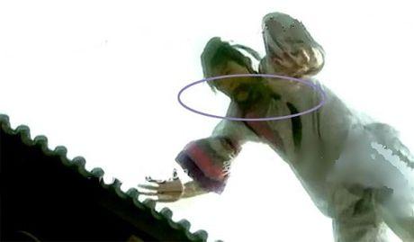 Nhung loi hai huoc trong phim Hoan Chau Cach Cach - Anh 10