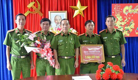 Pha thanh cong vu tang tru trai phep luong lon ma tuy da - Anh 1