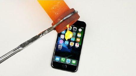 Dieu gi xay ra khi do vang nong chay len iPhone 7? - Anh 1