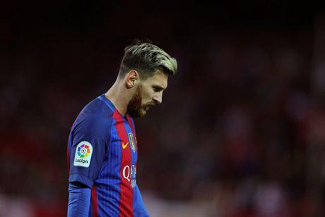 Ronaldo vuot mat Messi gianh giai Cau thu xuat sac nhat the gioi - Anh 2