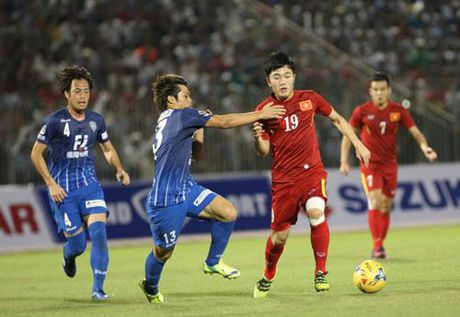 Tuyen Viet Nam 0-0 Avispa Fukuoka: Man trinh dien chap nhan duoc - Anh 6