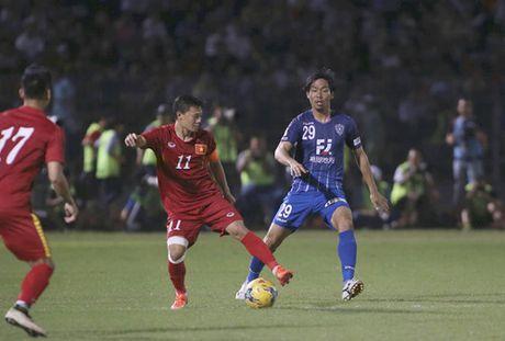 Tuyen Viet Nam 0-0 Avispa Fukuoka: Man trinh dien chap nhan duoc - Anh 8