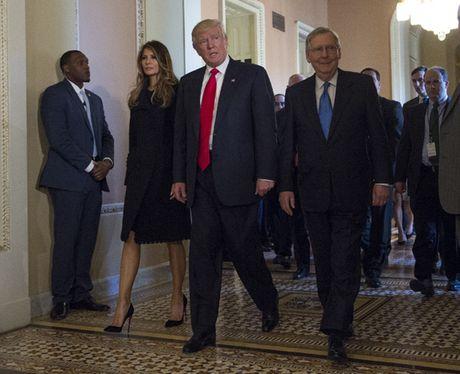 Ong Donald Trump se xu ly quan he voi chau A nhu the nao? - Anh 1