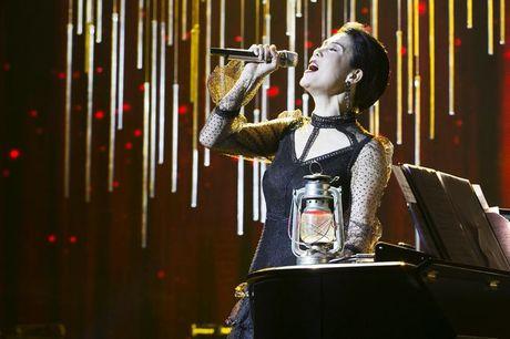 Thu Phuong khoc suot liveshow 'Mua thu cua Phuong' - Anh 10