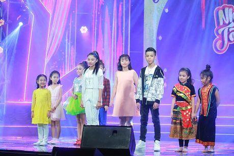 Nhu Minh - Ha My dang quang Nhi Tai Nang 2016 - Anh 3