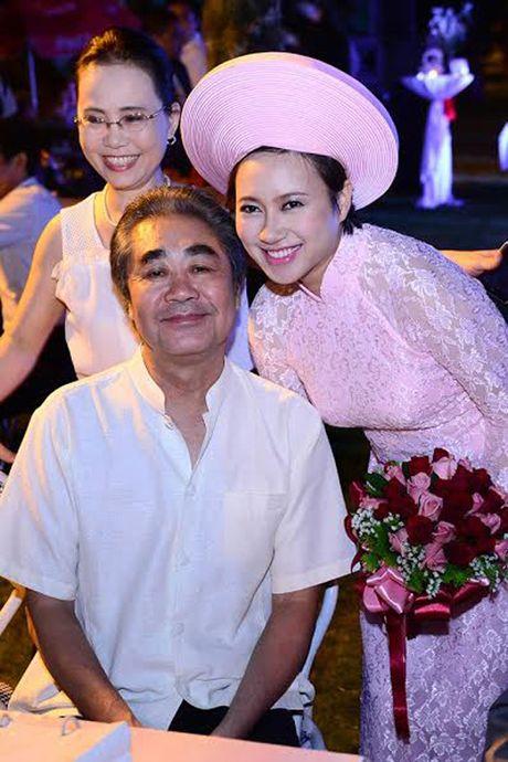Khanh Linh bat khoc lan dau chia se chuyen nguoi thay cuu vot cuoc doi minh - Anh 2