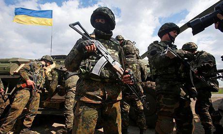 Ukraine cao buoc Nga len ke hoach cho cac cuoc bieu tinh o nuoc nay - Anh 1