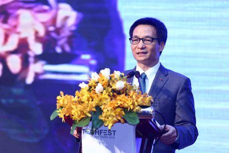 Pho Thu tuong Vu Duc Dam: Doanh nghiep khoi nghiep rat so 'giay phep con' - Anh 1