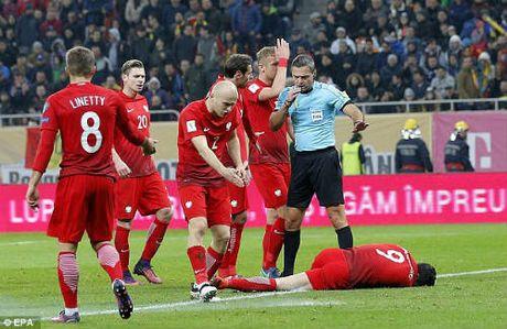 Vong loai World Cup: Sao Bayern hung phao sang, CDV au da dam mau - Anh 5