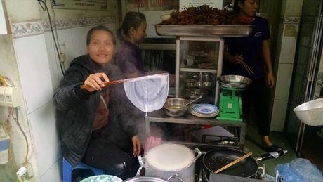 An o via he Ha Noi, khach Tay thay minh nhu nguoi khong lo - Anh 5