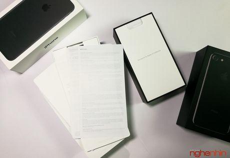 Mo hop iPhone 7 series chinh hang tai Viet Nam - Anh 8