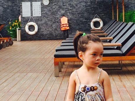 Con gai Doan Trang duyen dang khong kem me - Anh 9
