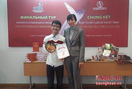 Hoc sinh truong Phan dat giai An tuong trong cuoc thi tieng Nga - Anh 1