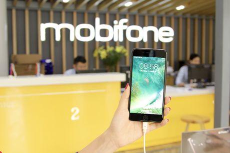 MobiFone chinh thuc phan phoi iPhone 7 va 7 Plus - Anh 1