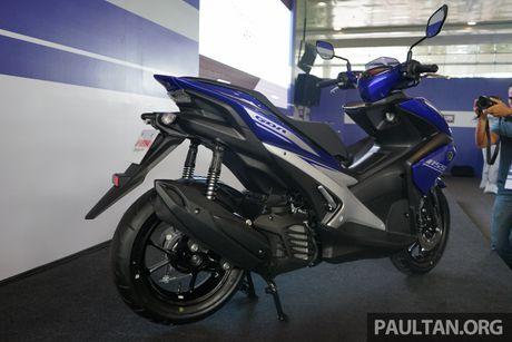 NVX thay the Nouvo, Yamaha van tranh doi dau Honda Air Blade - Anh 4