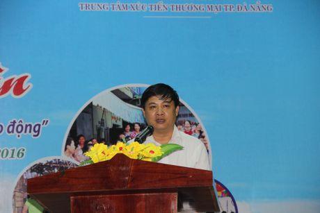Cong nhan hao hung tham gia Phien cho cong nhan tai Da Nang - Anh 3