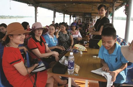 Thanh Hoa: 'Bong benh'… song Ma - Anh 3