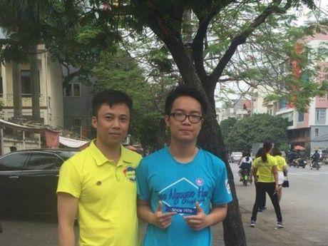 Nam sinh lam vo guong xe de lai so dien thoai xin loi - Anh 2