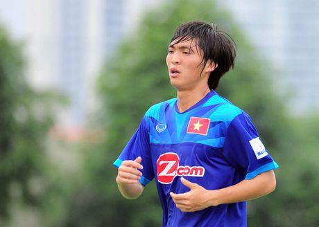 DT Viet Nam vs Avispa Fukuoka: Tap song thieu Tuan Anh - Anh 1