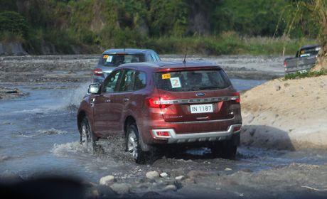 Trai nghiem lai loat SUV cua Ford o Philippines - Anh 10