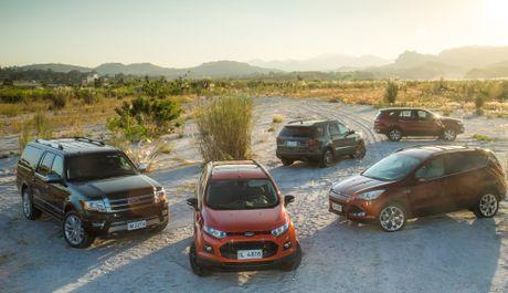 Trai nghiem lai loat SUV cua Ford o Philippines - Anh 1